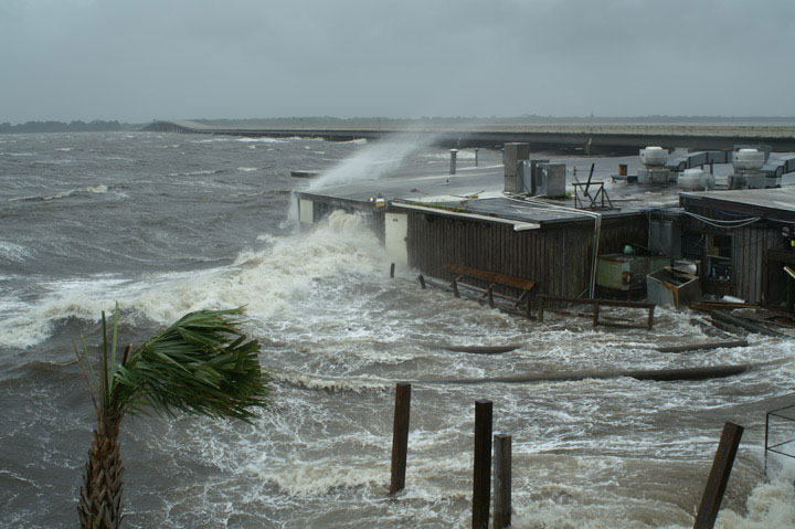 ... hurricane, New Orleans officials hit the airwaves proving how they