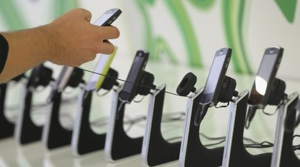 The Life Changing Choice Of Picking Your Next Smart Phone... Or Is It?